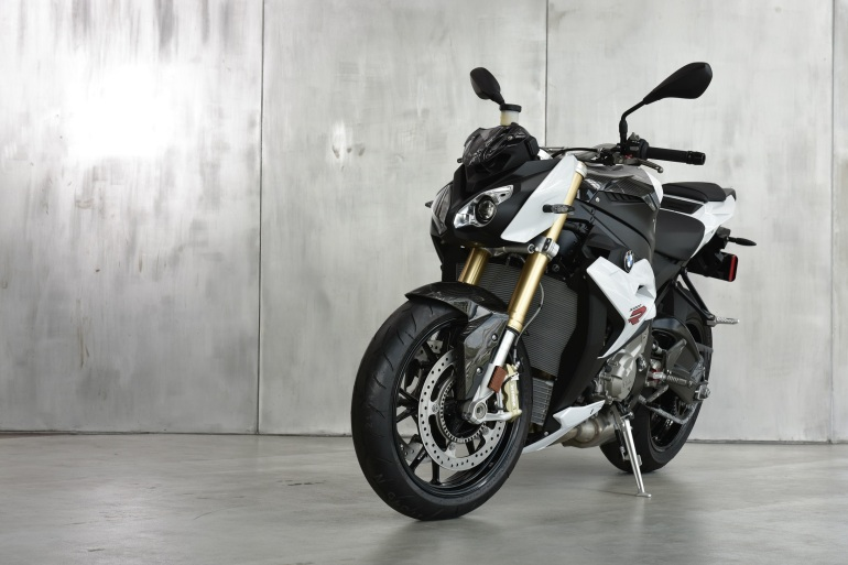 S 1000 R (HP Line) (2)